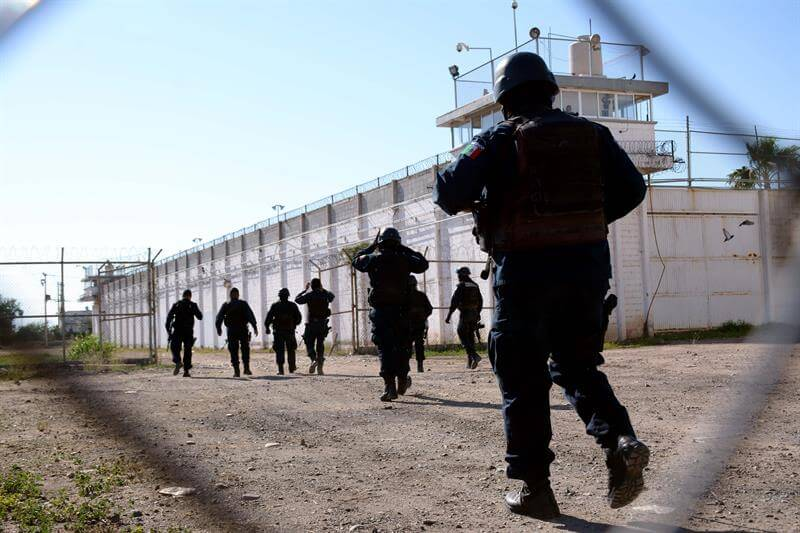 El gobierno de Sinaloa advirtió que no tolerará actos constitutivos de un delito ni de corrupción. (EFE)