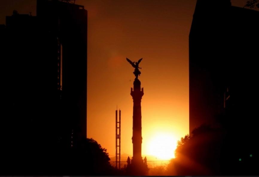 El SMN prevé cielo despejado en el Valle de México con nubosidad dispersa y ambiente cálido por la tarde (Notimex)