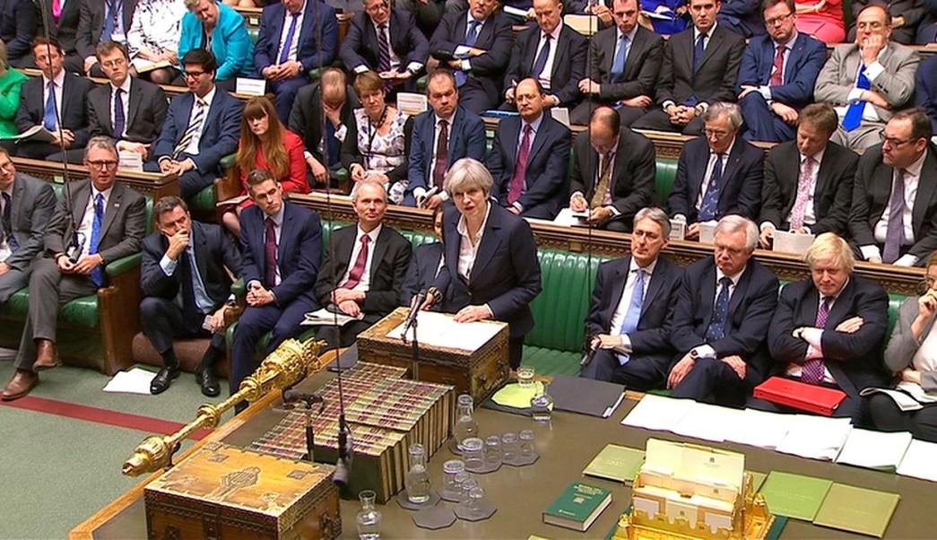 Theresa May ante el Parlamento. (Reuters)