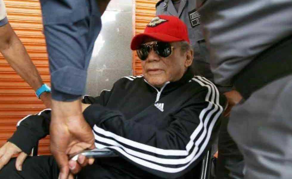 Tras una operación, Manuel Noriega, de 83 años, sufrió una hemorragia cerebral y el exdictador tuvo que ser operado nuevamente.