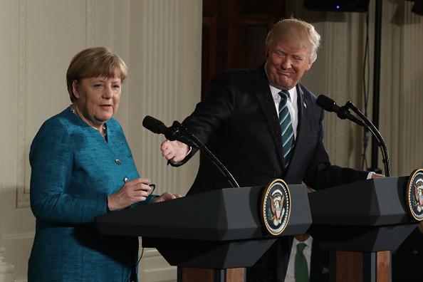 El presidente de Estados Unidos, Donald Trump, y la canciller alemana, Angela Merkel, durante una conferencia de prensa (Getty Images)