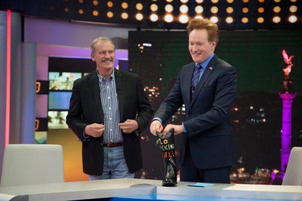 Vicente Fox, expresidente de México, y Conan O'Brien. (Twitter: @Canal_Estrellas)
