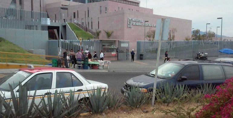 El enfrentamiento ocurrió cuando los policías llegaron a la comunidad y fueron agredidos. (Noticieros Televisa)
