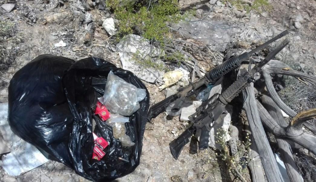 Pesp y Sedena aseguran armas AR-15, 540 cartuchos y droga en Sonoyta. (Twitter: @PespSonora)