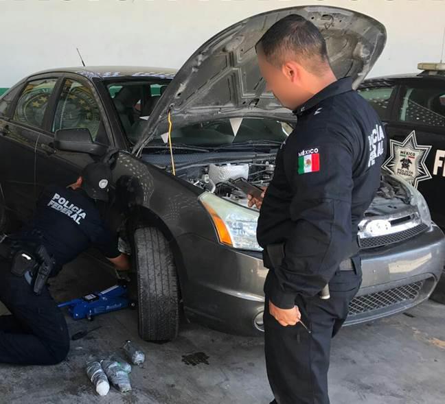 Aseguran cinco kilos de droga sintética oculta en el estribo de un auto en Sonora (CNS-PF)