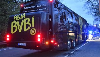 Tres artefactos explotaron al paso del autobús del Borussia Dortmund. (AP)