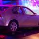 Auto choca contra escuela en la CDMX