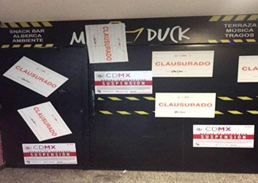 En el negocio Mr. Dunk se colocaron sellos de clausura por no contar con actualizaciones de Licencia Ambiental Única (Twitter/@PGJDF_CDMX)