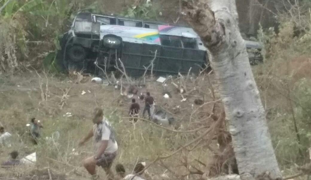 Los heridos fueron trasladados a hospitales de Iguala, Taxco, y Cuernavaca, Morelos. (Noticieros Televisa)