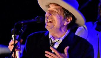 El músico estadounidense Bob Dylan durante The Hop Festival en Paddock Wood en 2012 (Reuters/archivo)