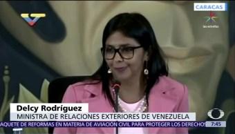 Canciller de Venezuela arremete contra México