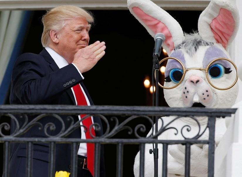 El presidente de Estados Unidos, Donald Trump, en el balcón de Truman de la Casa Blanca (Reuters)