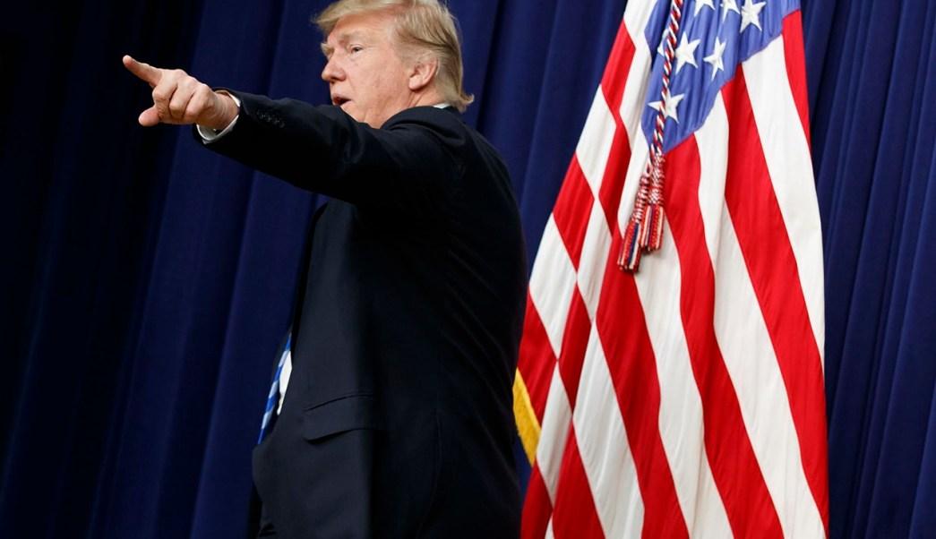 Donald Trump se reunió con emprendedores en la Casa Blanca. (Reuters)