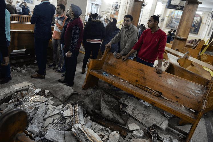 El atentado contra la catedral de San Jorge de Tanta dejo al menos 27 fieles muertos. (EFE)