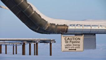 Empleados de BP descubrieron una fuga incontrolable de gas natural junto con el derrame de crudo.