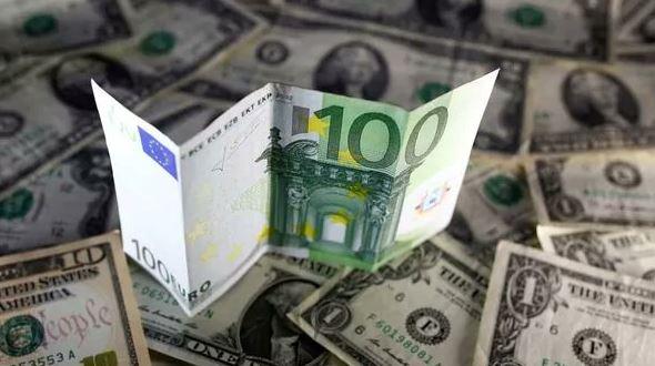 El euro subió a su valor máximo frente al dólar desde hace cinco meses. (Getty Images/archivo)