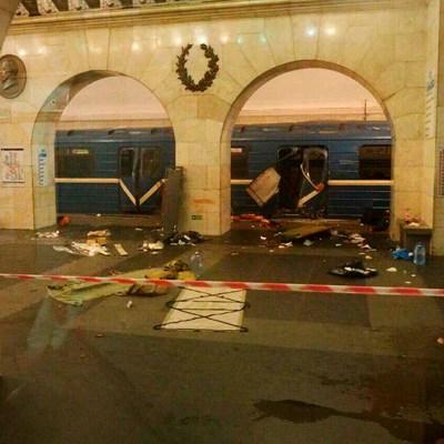 EPN condena las explosiones en el Metro de San Petersburgo, Rusia