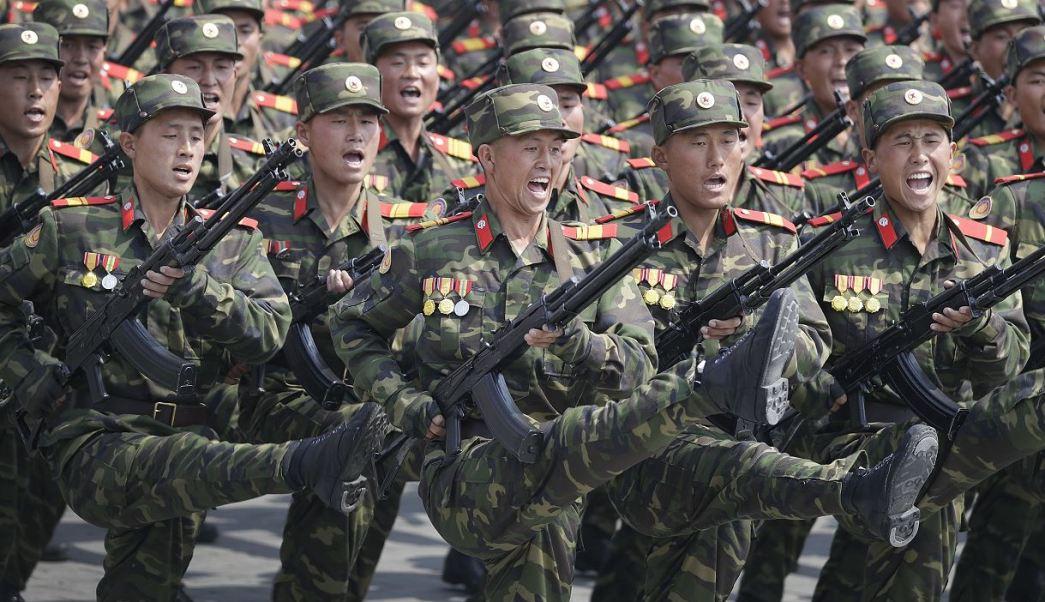 El vicepresidente del Partido de los Trabajadores de Corea del Norte, Choe Ryong-hae, sostiene que Norcorea responderá cualquier agresión estadounidense. (AP)