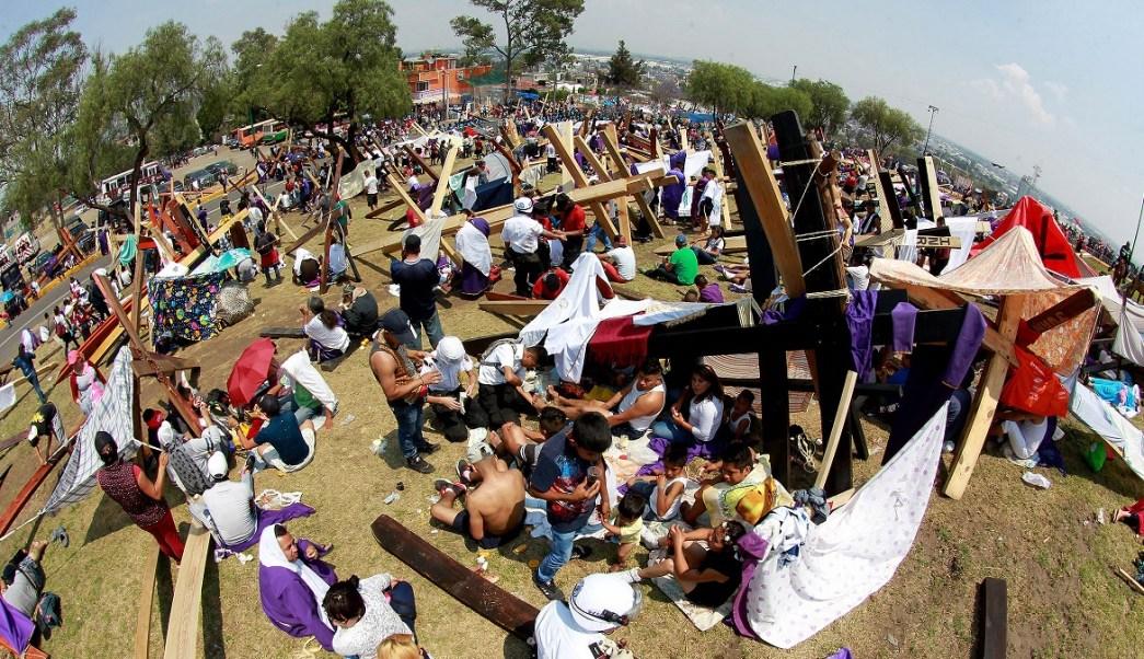 Viacrucis en la 174 representación de la Pasión, muerte y resurrección de Cristo en Iztapalapa. (Notimex)