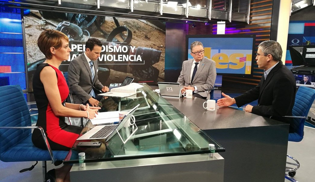 Javier Garza en la mesa de Despierta con Loret. (Twitter, @NTelevisa_com)