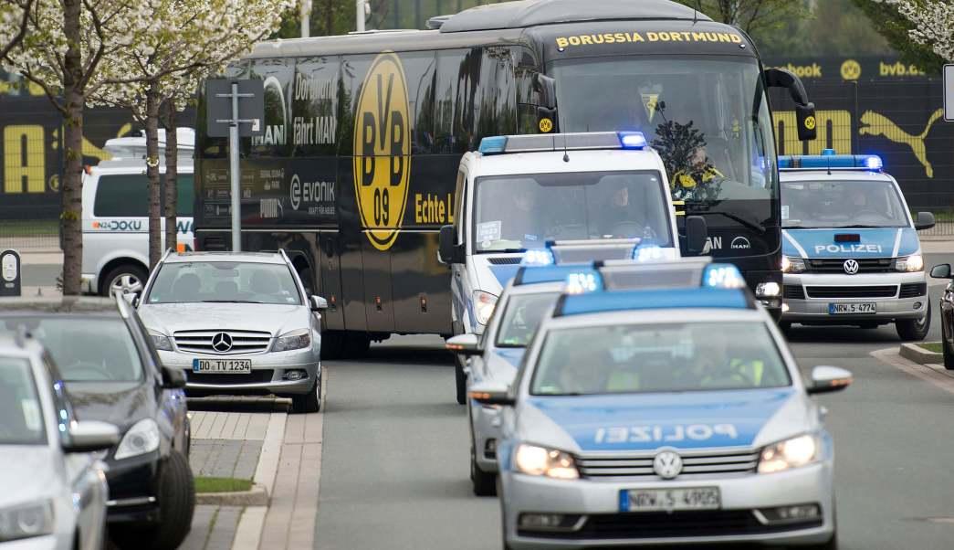 La Policía de Dortmund escoltó el autobús del Borussia previo al partido contra el Mónaco.
