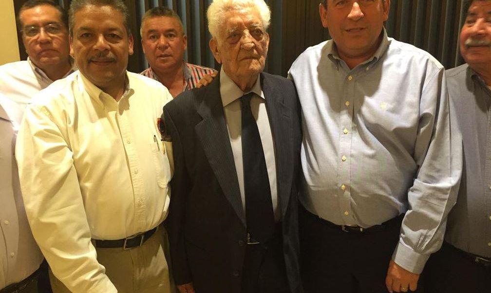 EPN lamenta muerte de Leobardo Flores Ávila, fundador de la CTM