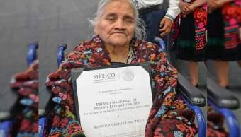 La maestra Manuela Cecilia Lino Bello, Premio Nacional de Artes y Literatura 2016, en la categoría de Artes y Tradiciones Populares, era originaria de Hueyapan, Puebla. (Secretaría de Cultura)