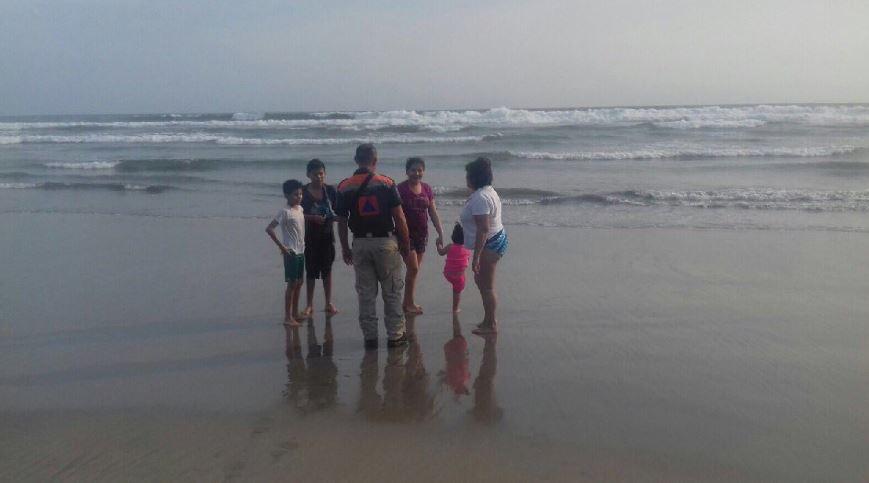 Mar de fondo en costas de Guerrero (Twitter @PC_Guerrero)