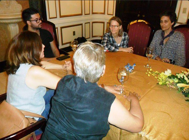 Jodie Foster pasa velada familiar con Mariela Castro en La Habana, Cuba