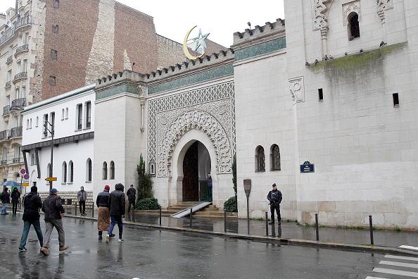 Sede de la Gran Mezquita de París; la institución pide a los musulmanes franceses votar por Macron (Getty Images, archivo)