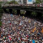 Millones marcharon contra el presidente Nicolás Maduro en las calles de Caracas.