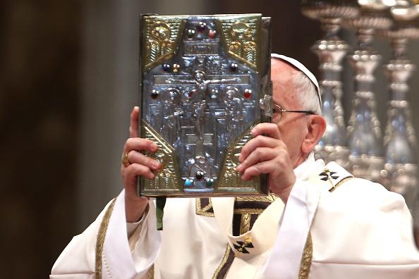 El Papa celebra el Viernes Santo en el Vaticano