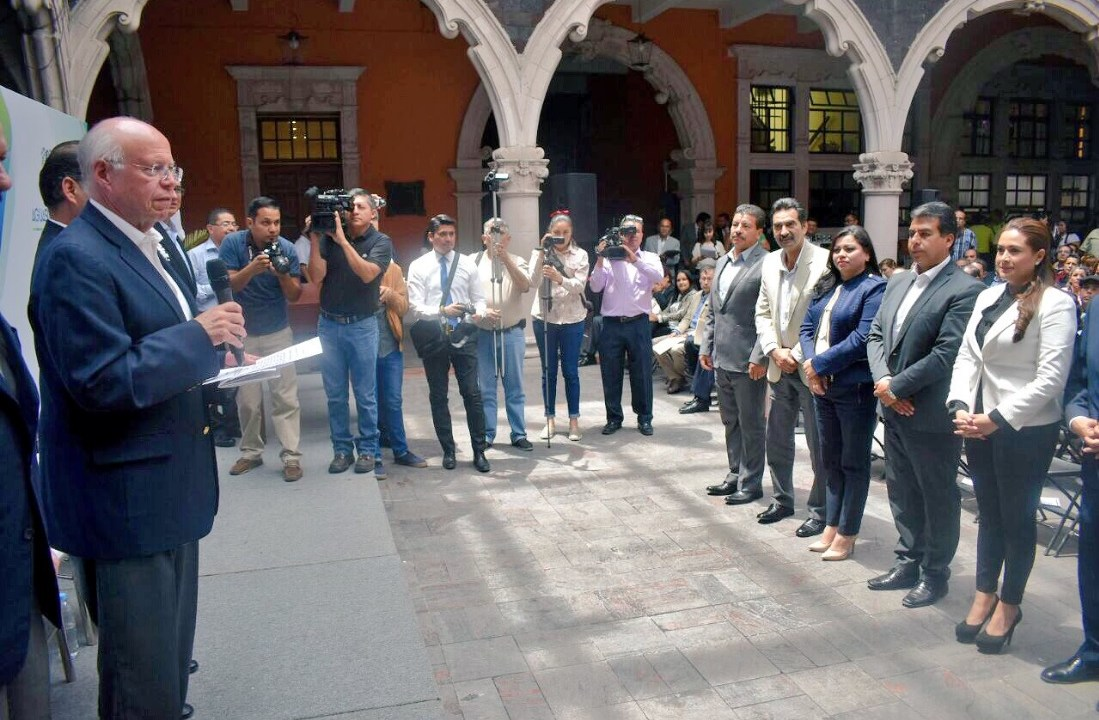 José Narro Robles atestigua, en Aguascalientes, la firma del convenio de la creación del Consejo Estatal Contra las Adiciones estatal; se manifiesta a favor de la marihuana con fines médicos (Twitter @JoseNarroR)