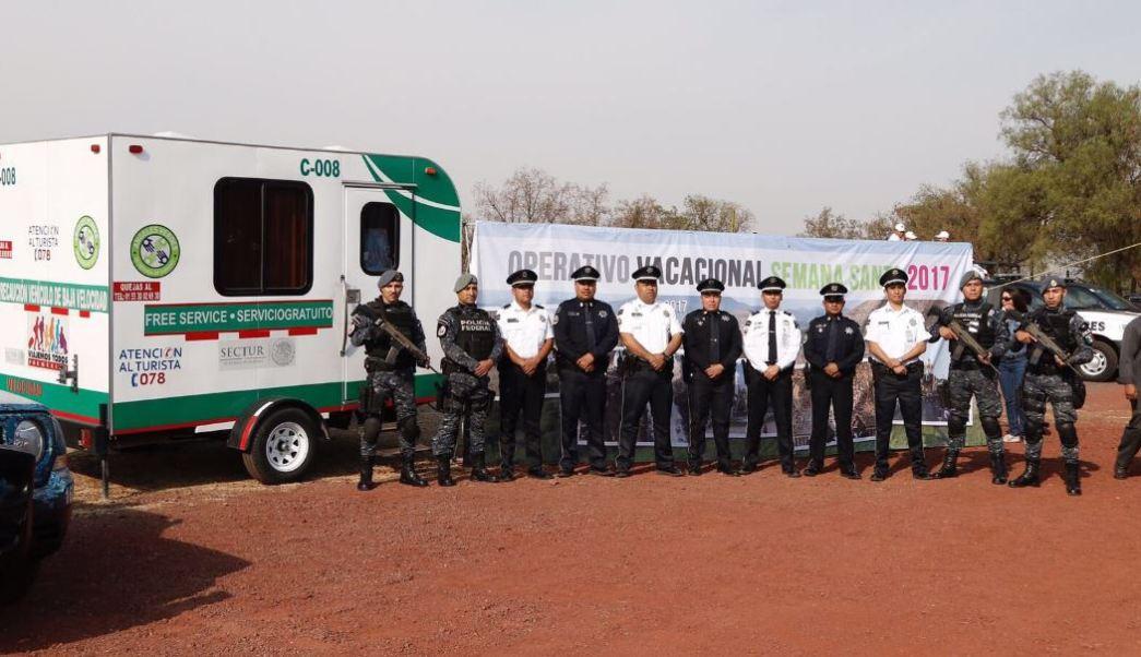 En el operativo participan la Policía Federal, Secretaría de Marina, Profeco, Cruz Roja, Protección Civil, el SAT y Ángeles Verdes (Twitter @AngelesVerdesMX)