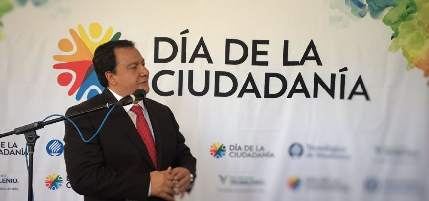 Óscar González Yáñez se reunió con estudiantes del Tec de Monterrey campus Atizapán, durante el encuentro 'El día de la Ciudadanía' (Twitter @ITESMCEM)