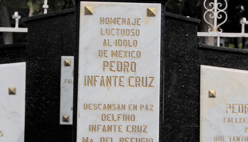 Cantan A Pedro Infante En Su Aniversario Luctuoso