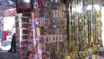 Autoridades de la delegación Venustiano Carranza realizaron un operativo en inmediaciones del mercado de La Merced. (blogger/archivo)