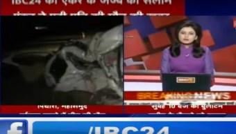 La presentadora estaba dando la noticia sobre un accidente vehicular sin saber que en el hecho había muerto su esposo (YouTube IBC24)