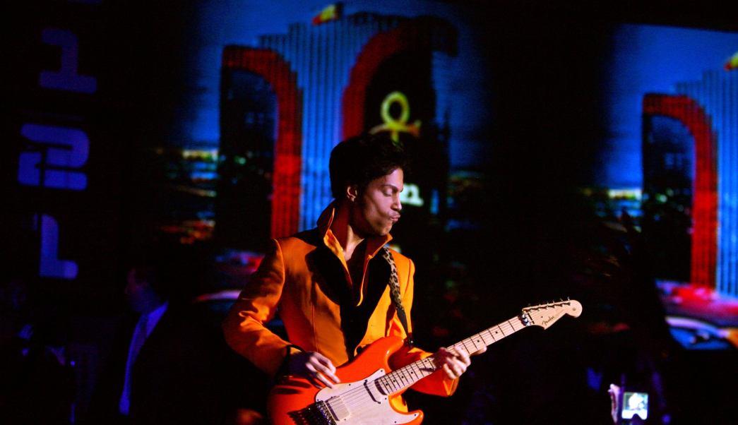 Buscan publicar canciones inéditas de Prince.