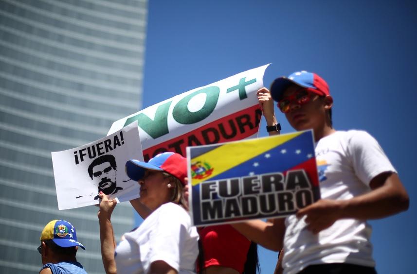 Venezolanos, consulta, venezuela, opositores, Nicolas maduro