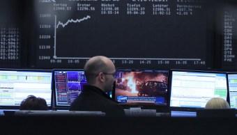 Los mercados europeos reaccionaron en positivo tras la primera vuelta de la elección presidencial francesa. (Getty Images)