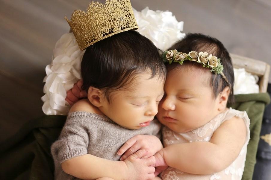 Las primeras fotos de los niños llamados Romeo y Julieta (Foto: Cassie Clayshulte Photography)