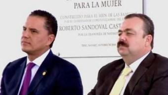Roberto Sandoval, gobernador de Nayarit, y Edgar Veytia, entonces fiscal general del estado. (Redes sociales)