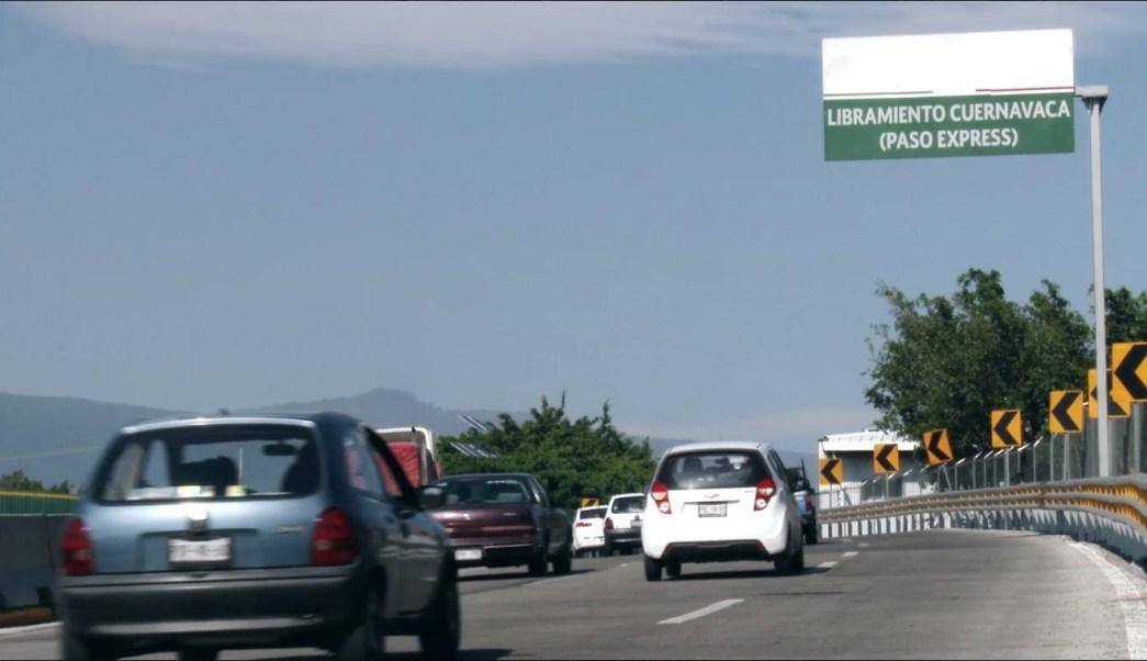 Automovilistas cruzan por el Libramiento Cuernavaca; SCT activa operativo de Semana Santa (Facebook-SCT)