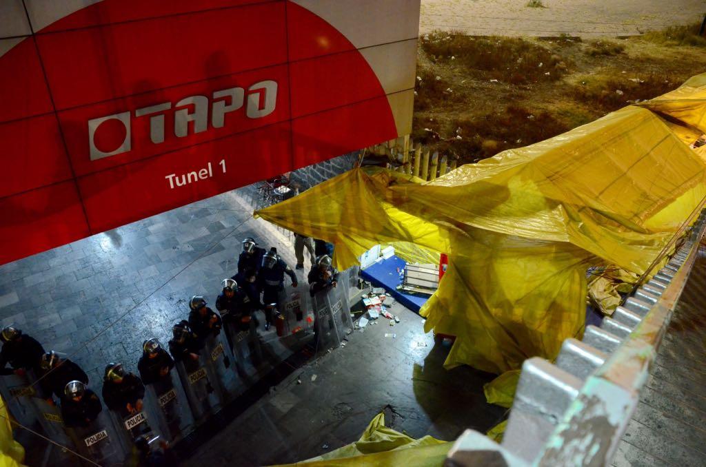 SSPCDMX retira puestos ambulantes en inmediaciones de la TAPO,CDMX. (Twitter @SeGobCDMX)