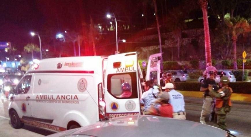 Autoridades investigan tiroteo en Acapulco que dejó un muerto y 6 heridos. (@MxRojoViolento)