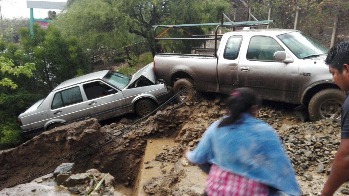 Tormenta en Oaxaca deja dos heridos y un desaparecido. (Noticieros Televisa)