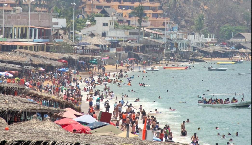 Durante la segunda semana de vacaciones, Acapulco reporta un 65% de ocupación hotelera. (Twitter @AcapulcoGob @AcapulcoGob)