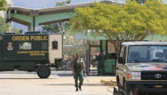 Venezuela es uno de los países más violentos del mundo y desde sus cárceles se planean secuestros y otros delitos.