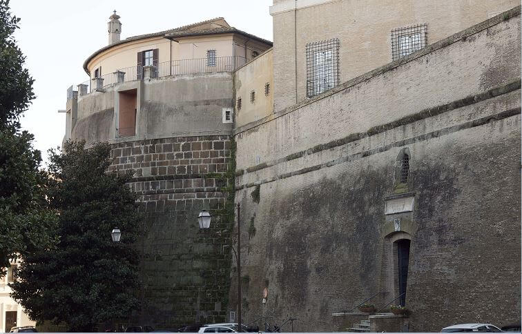 Vista exterior del Instituto de Obras Religiosas (IOR), conocido como el banco del Vaticano. (AP, archivo)